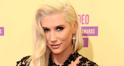 Kesha arrives at the MTV VMA 2012 awards