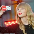 Taylor Swift peforms at ABC News' Good Morning Ame
