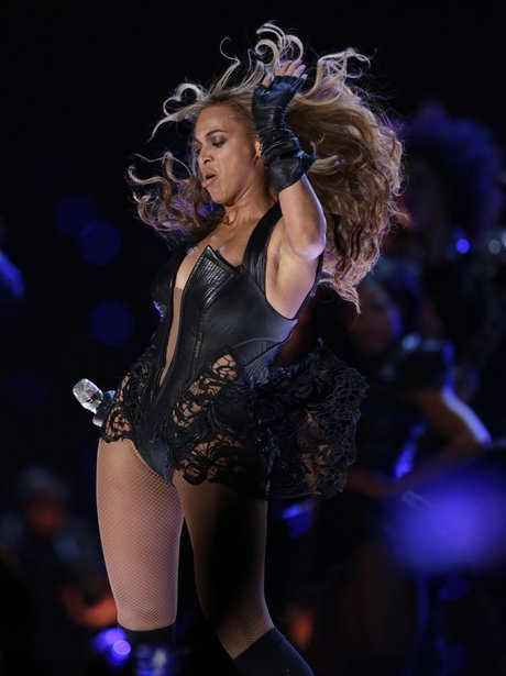 Beyonce dances on stage at New Orleans Superdome