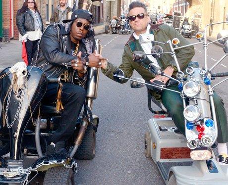 Robbie Williams and Dizzee Rascal film new video