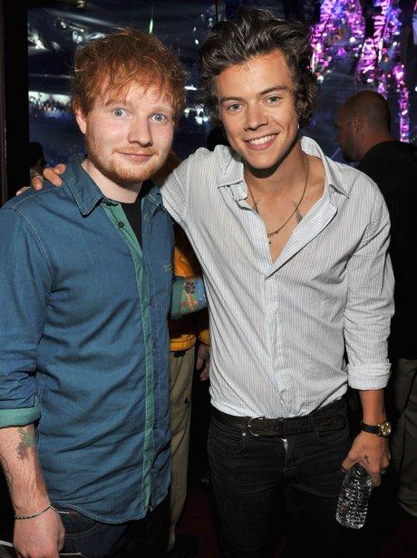 「harry styles ed sheeran」的圖片搜尋結果