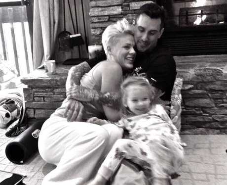 Pink's family on new years eve on instagram