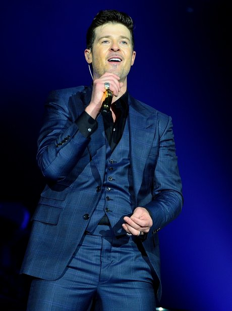Robin Thicke performs on stag