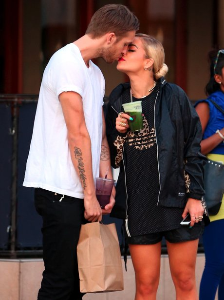 Rita Ora and Calvin Harris Kiss