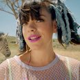 Lily Allen air balloon music video