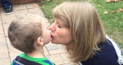 Taylor Swift Surprises Fan with gifts