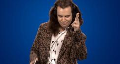 Fan / Harry Styles Singing ZAYN's 'PILLOWTALK'