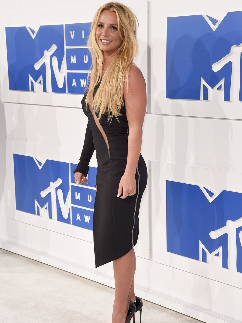 Britney Spears MTV VMAs 2016 Red Carpet